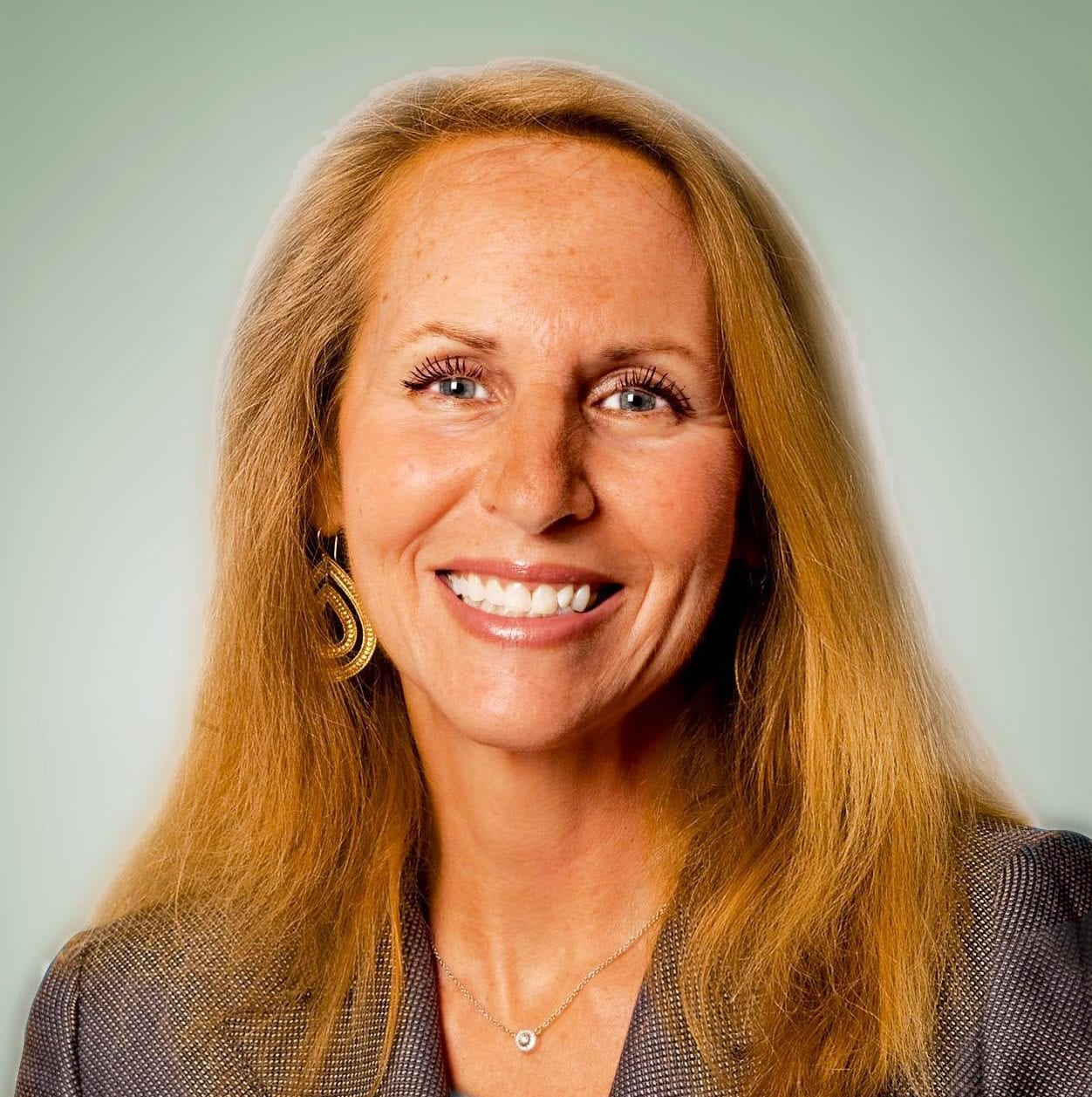 headshot image of Carol Meyrowitz